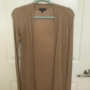 Long sleeve light knit cardigan